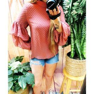 Blush mauve ruffle tier sleeve blouse 🌜